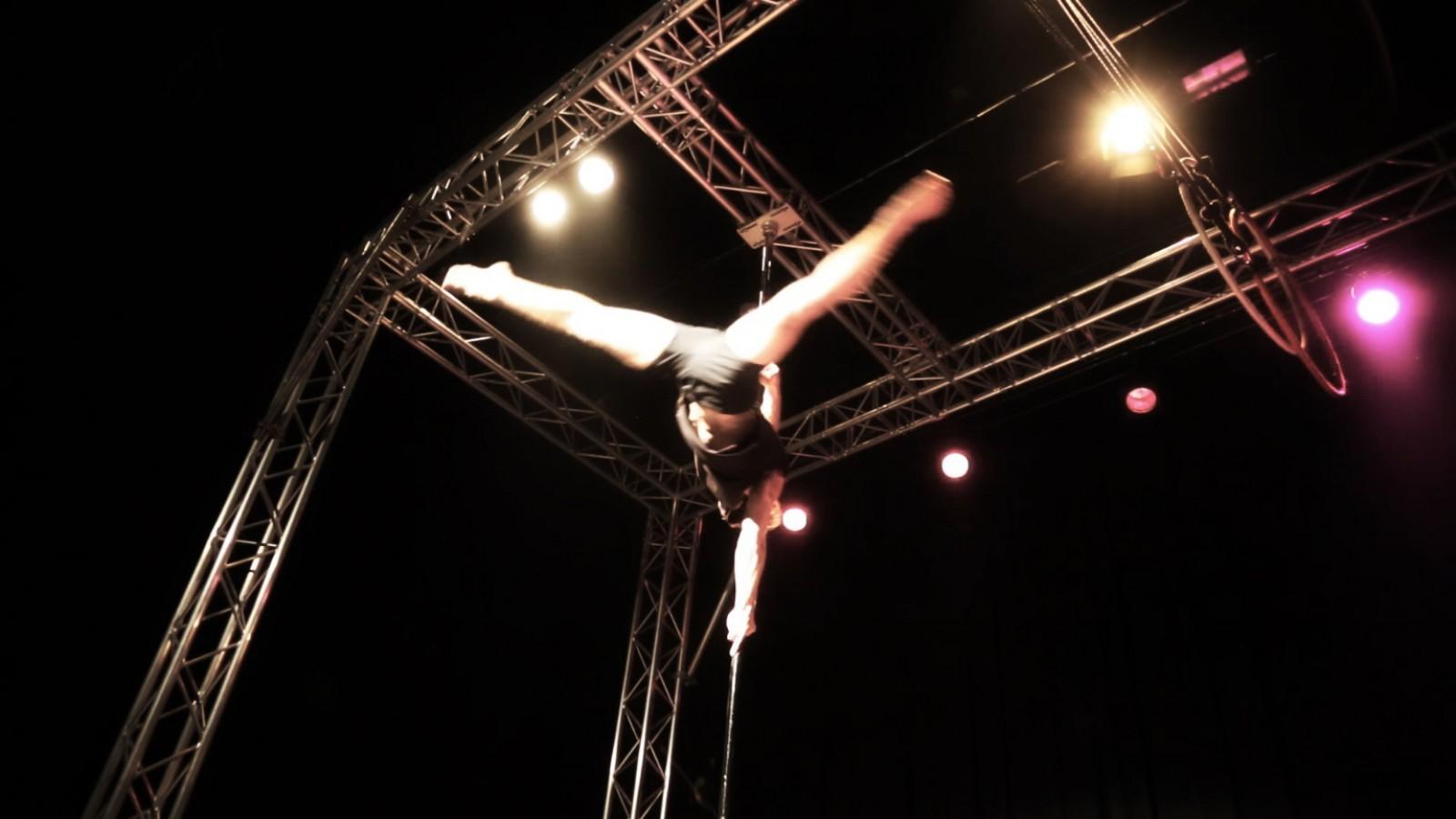 Aerial Dance Geneva show